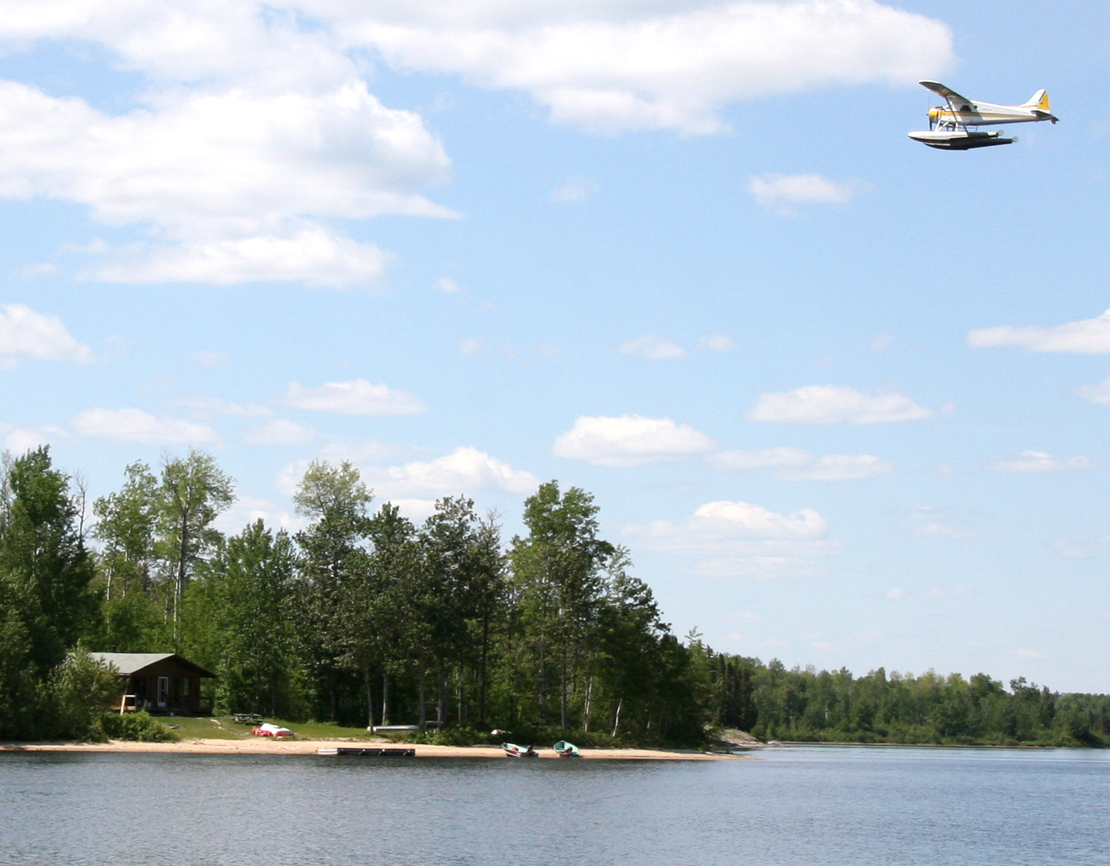 Fly in fishing moose hunting trips in ontario hearst for Ontario fly in fishing outposts